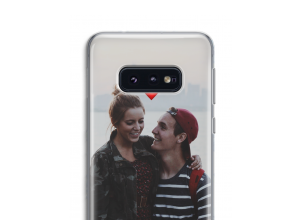 Create your own Galaxy S10e case